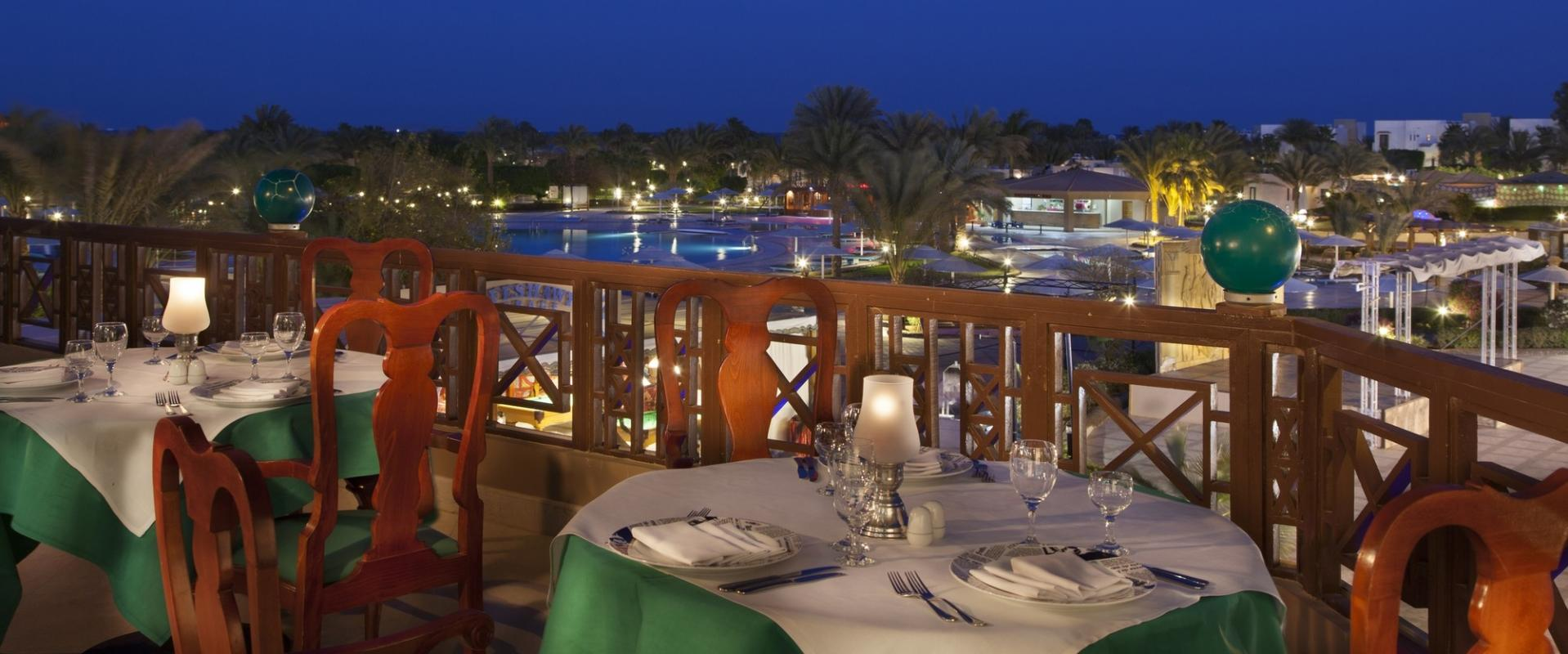 http://egypte.croisiere.voyage/wp-content/uploads/2016/11/HRG-SH-Hurghada-Valentinos-Italian-Restaurant.jpg